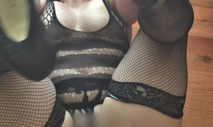 Bourgeoise sexy pour rendez-vous sexe à l'hôtel, Toulouse